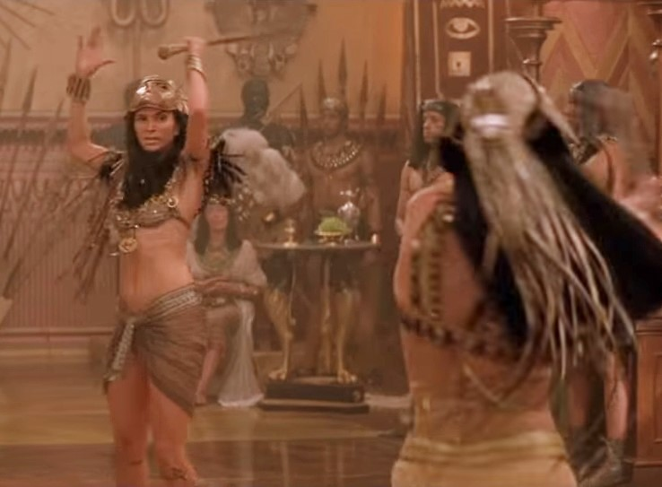 The Mummy Returns Meemas Skirt Is Not Battle Friendly