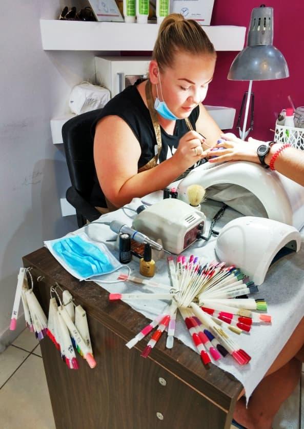 Local Manicure